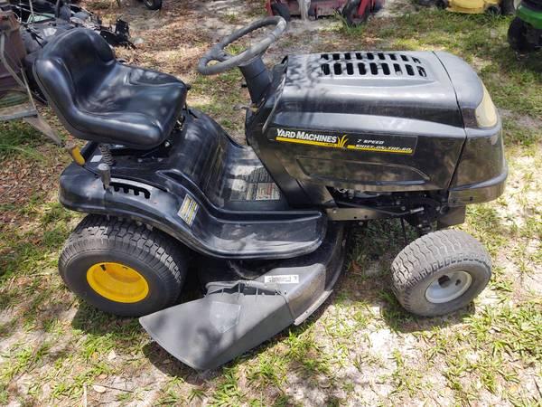 Photo Yard machines 42-in mower - $450 (Lecanto)