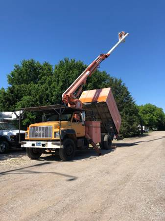 Photo 1996 GMC Bucket Tree Truck with Single-Man Bucket - $12000 (MANSFIELD, TX)