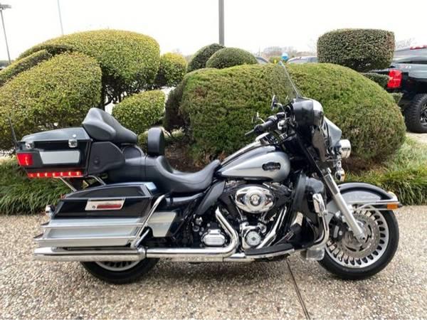Photo 2013 Harley-Davidson FLHTCU Ultra Classic EG - $13,751 (Harley-Davidson FLHTCU Ultra Classic EG)
