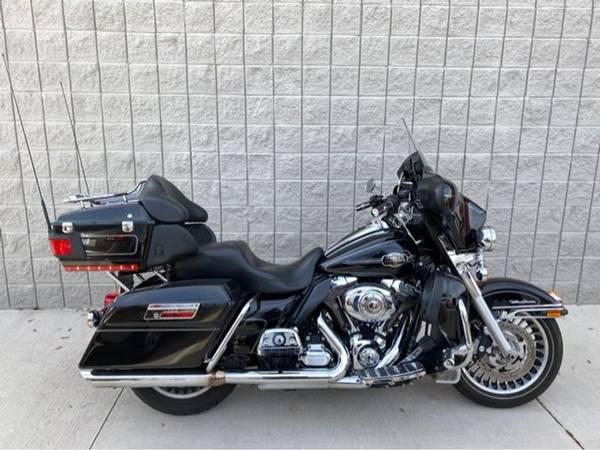 Photo 2013 Harley-Davidson Ultra Classid - $14,991 (Harley-Davidson Ultra Classid)
