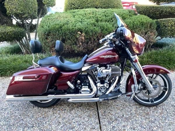 Photo 2014 Harley-Davidson Street Glide Special FLHXS - $15,887 (Harley-Davidson Street Glide Special)