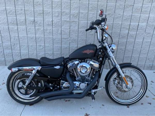 Photo 2014 Harley-Davidson XL1200V Sportster Seventy-Two - $7,491 (Harley-Davidson XL1200V Sportster Seventy-Two)