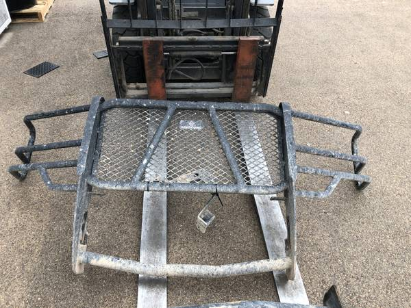 Photo 2016-2018 CHEVY 1500 RANCH HAND GRILL GUARD - $100 (Midland)