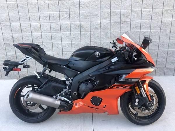Photo 2020 Yamaha R6 - $10,991 (Yamaha R6)