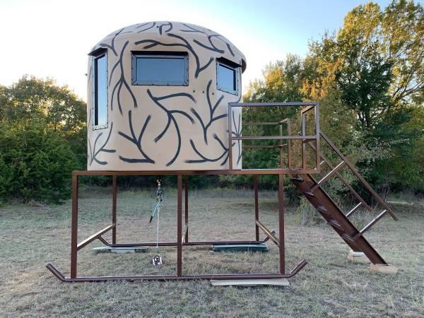 Photo Deer Blinds, Deer Feeders,  Tower Stands - $1 (Weatherford, Tx)