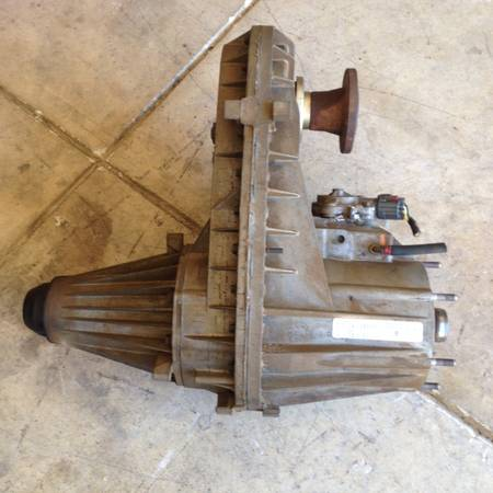 Photo Dodge ram cummins 273D transfer case - $1000