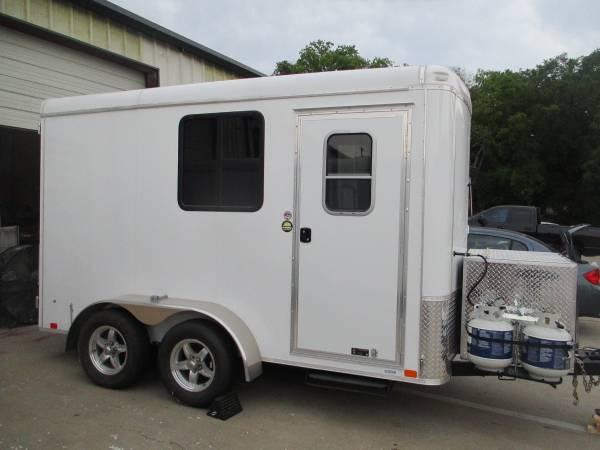 Photo Gryphon Mobile Grooming Salon 6x12 Gold Standard - (McKinney TX - $23,000 (McKinney TX)