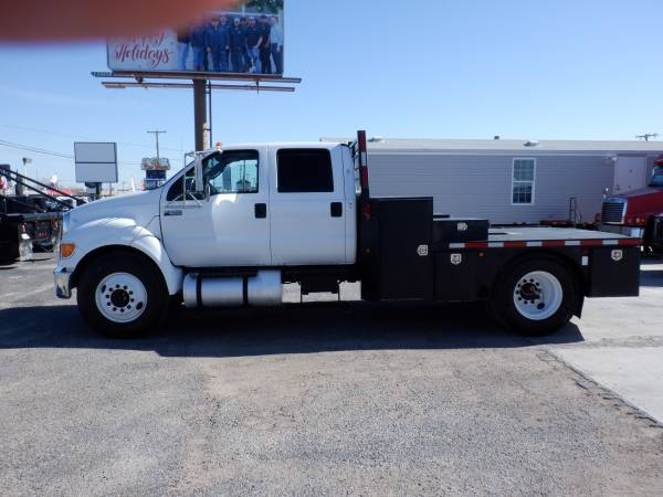 Photo PRICE SLASHED 2015 FORD F-650 CREW XLT FLATBED - $35900 (Odessa)