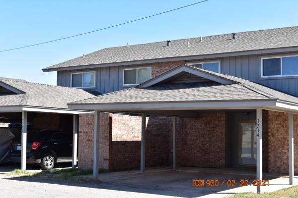 Photo Two Huge  Pretty Townhouses For Sale (Odessa,TX)