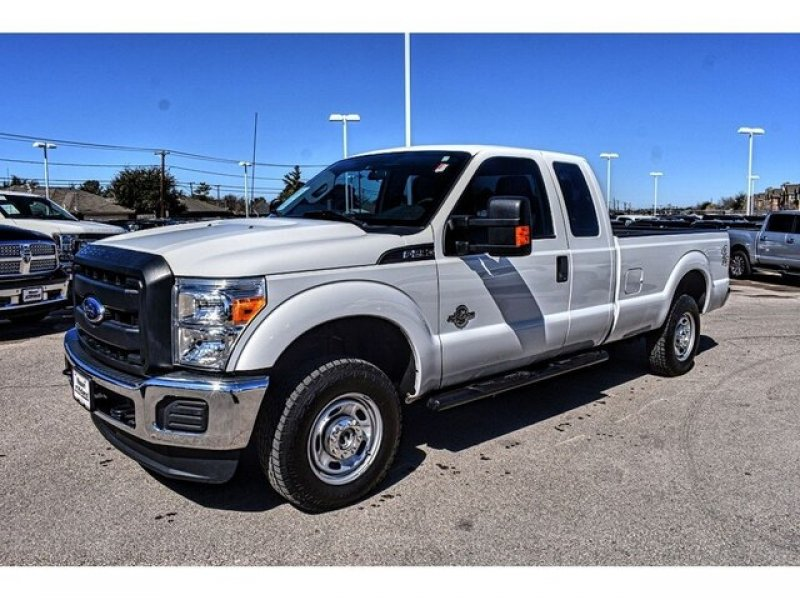 Photo Used 2016 Ford F250 4x4 SuperCab Super Duty for sale