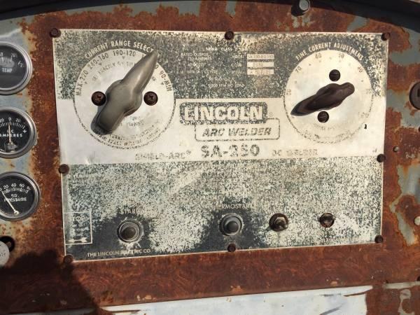 Photo ( Diesel ) Lincoln ARC Welder SA - 250 ( Diesel ) - $2500