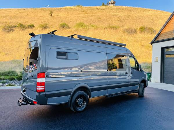 Photo 2018 Mercedes Sprinter 2500 4X4 170 High Roof - Conversion - $109,000 (Providence)