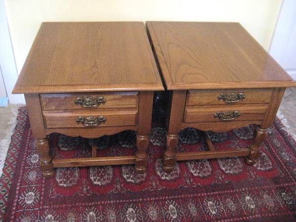 Photo 2-Broyhill End Tables Gently Used Look New - $160 (MURRAY  HOLLADAY  MILLCREEK  SALT LAKE CITY UTAH A)