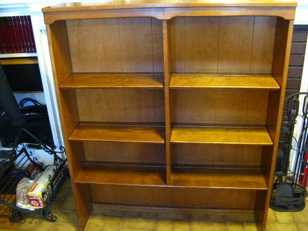 Photo ETHAN ALLEN Solid Maple and Birch Bookcase. 6-shelves, Beautiful - $150 (MURRAY  HOLLADAY  MILLCREEK  SALT LAKE CITY AREA)