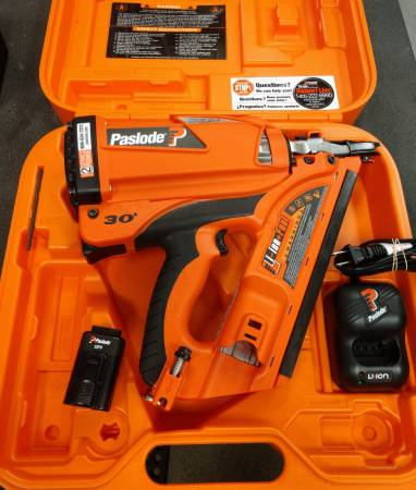 Photo Paslode Lithium Ion 30-Degree Cordless Framing Nailer - $300 (Ammon)