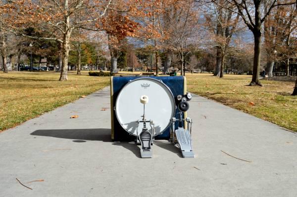 Photo SAMSONITE Kick Drum Vintage Suitcase - $420 (Salt Lake City)