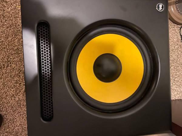 Photo Spectra-12SUB - Active Studio Subwoofer - $175 (Pocatello)