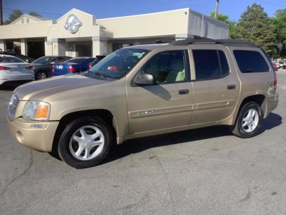 Photo Used 2005 GMC Envoy XL 4WD for sale