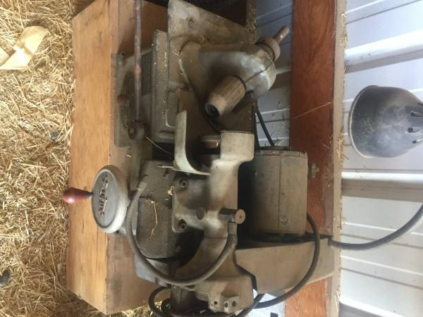 Photo military engines and equipment jeep - $100 (huntsville)