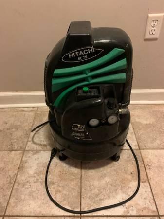 Photo Air Compressor 6 Gallon Pancake - $90 (Ft Walton Beach)