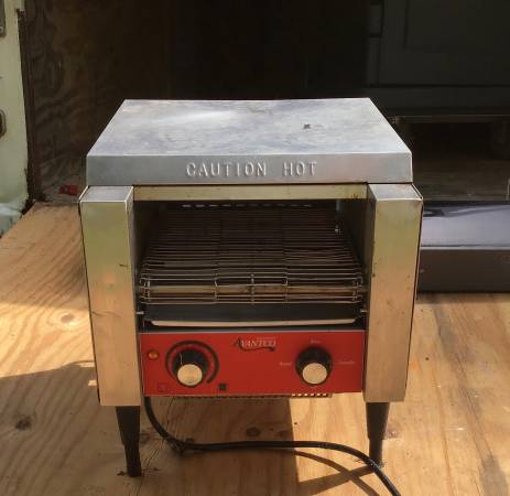 Photo Commercial toaster - $120 (Freeport)