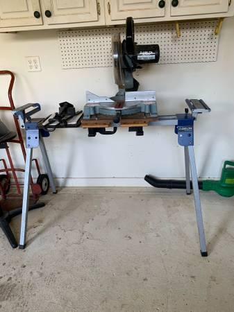 Photo Delta compound miter saw - $200 (Crestview)