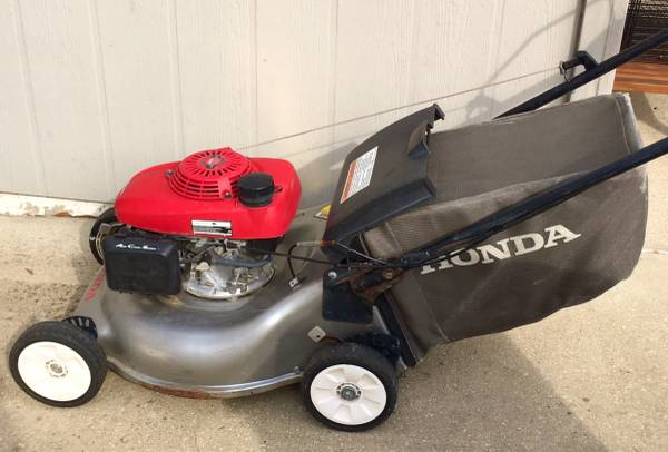 Photo Honda Lawnmower with Smart Drive - $100 (Niceville)