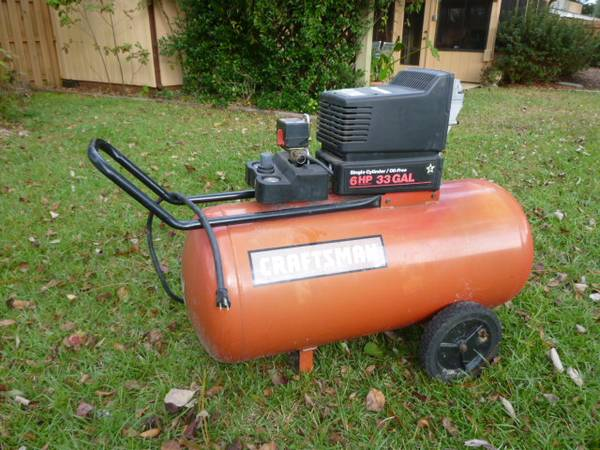 Photo Sears Craftsman 6 HP 33 gallon Air Compressor - $50 (Niceville)