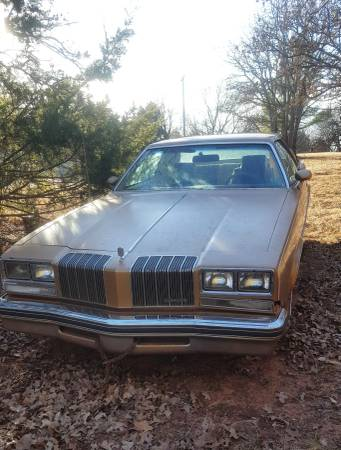 Photo 1977 Oldsmobile Cutlass Salon - $2000 (Luther)