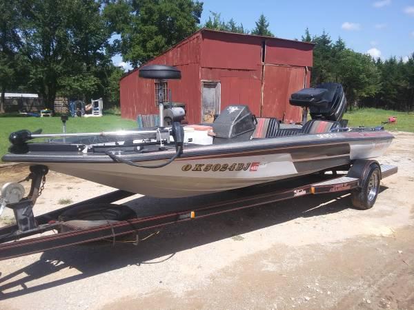 Photo 1988 Skeeter SF175 Bass Boat - $4,500 (Tecumseh)