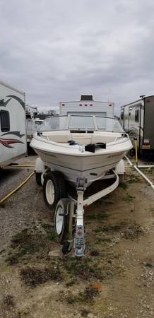 Photo 2000 Bayliner Capri Ski and Fish Boat - $2500