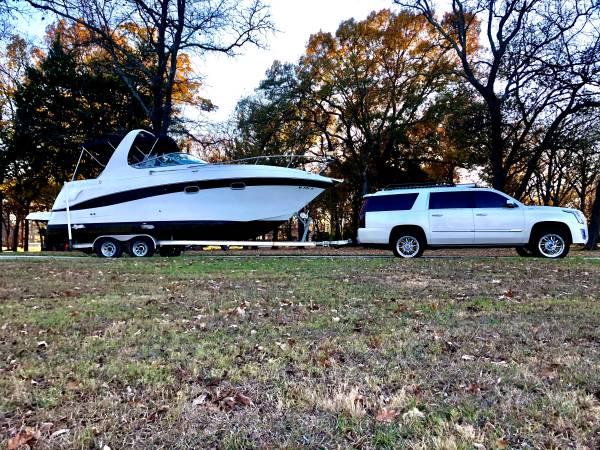 Photo 2000 Four Winns 268 Vista Cabin Cruiser - $30,000 (Kingston)