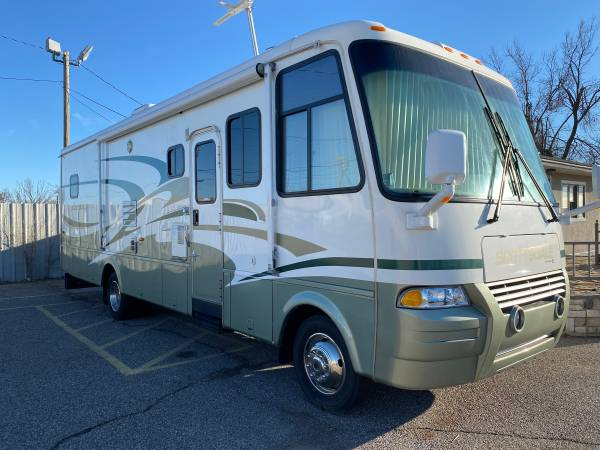Photo 2005 Newmar Scottsdale in brand new condition with too many extras - $56,950 (Oklahoma City)
