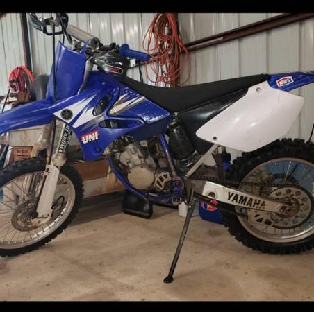 Photo 2006 YZ125 DIRT BIKE - $2,300 (Tecumseh)