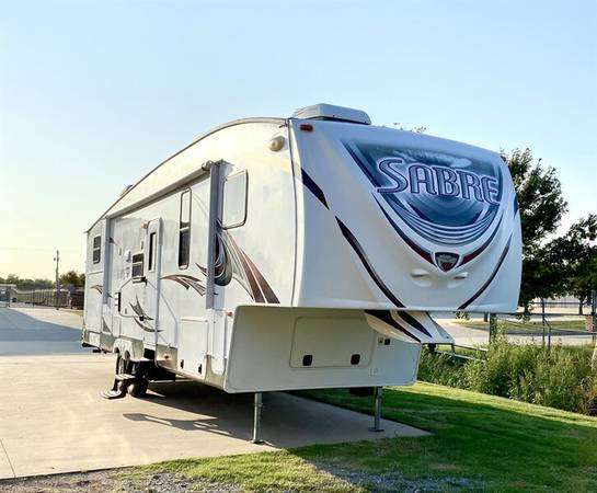 Photo 2013 Forest River Sabre 34TBOK-6 5th wheel - $27,950