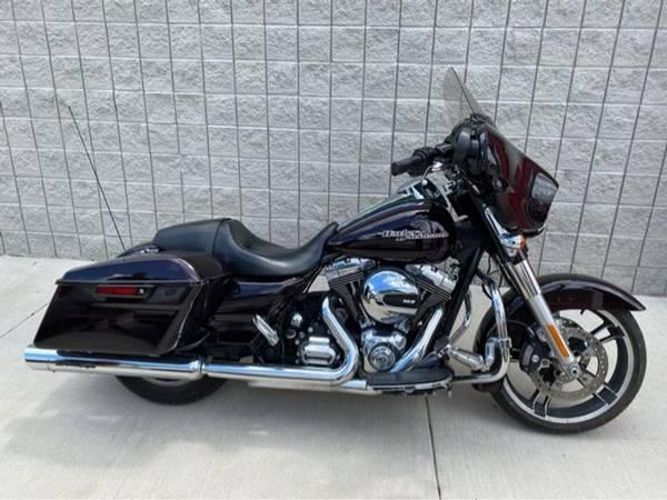 Photo 2014 Harley-Davidson Street Glide Special - $16,991 (Harley-Davidson Street Glide Special)