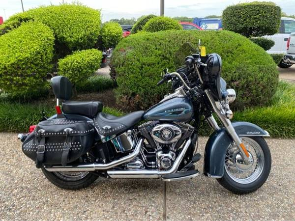 Photo 2015 Harley-Davidson FLSTC Heritage Softail Classic - $12,982 (Harley-Davidson FLSTC Heritage Softail Classic)