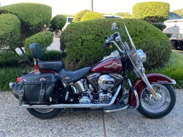 Photo 2017 Harley-Davidson FLSTC Heritage Softail Classic - $13,540 (Harley-Davidson FLSTC Heritage Softail Classic)