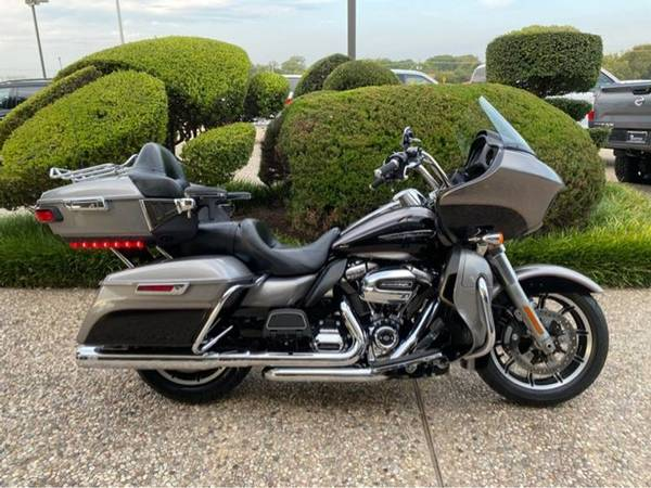 Photo 2017 Harley-Davidson Road Glide Ultra FLTRU - $17,889 (Harley-Davidson Road Glide Ultra)