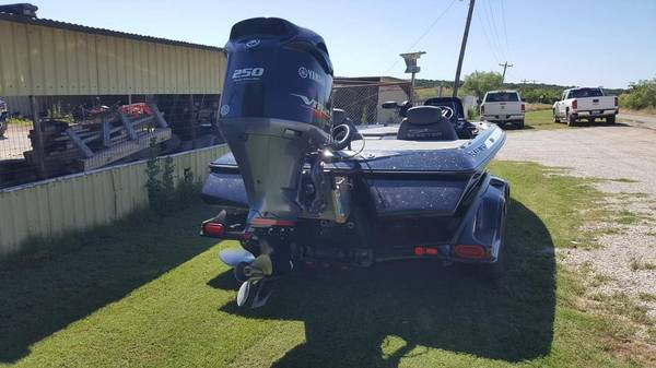 Photo 2017 Skeeter FX 20 - $43,000 (Scotland tx)
