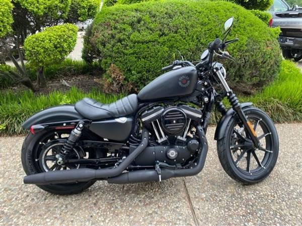 Photo 2020 Harley-Davidson Iron 883 Sportster - $8,650 (Harley-Davidson Iron 883 Sportster)