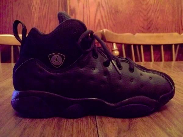 Photo Air Jordan JUMPMAN TEAM II (Size 3Y) - $30 (South OKC)