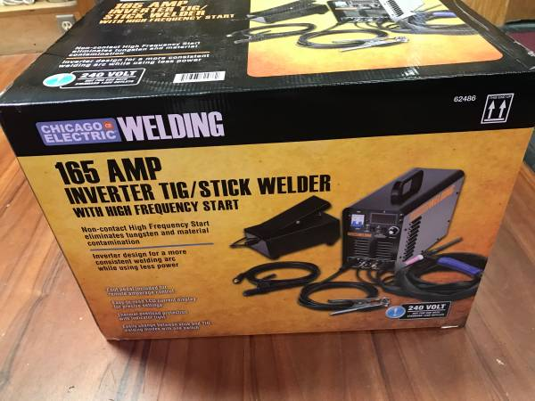 Photo CHICAGO ELECTRIC 240 Volt Inverter ArcTIG Welder With Digital Readout - $275 (Newcastle)