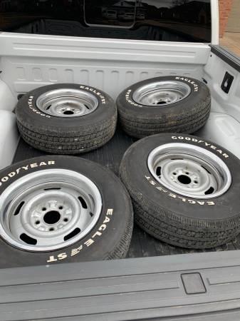 Photo Chevrolet Rally Wheels  Goodyear Tires Great Shape - $400 (Edmond)