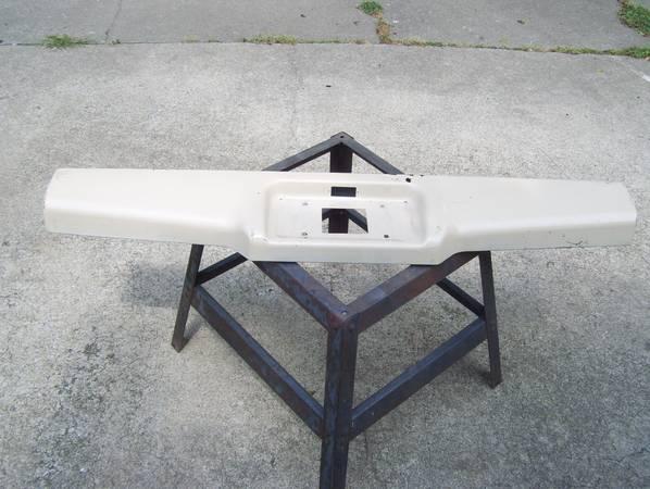 Photo Chevy S10 bumper roll pan - $1 (N. OKC)