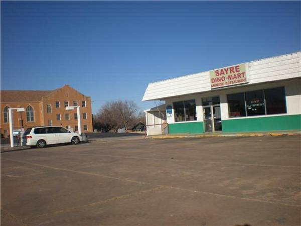 Photo Convenience Store For Sale or Lease (Sayre, OK)