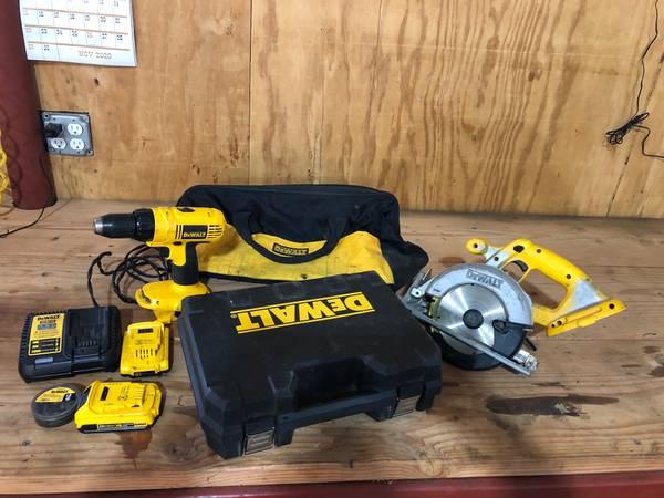 Photo DeWalt Tools - Drill  Saw - $100 (Canadian County)