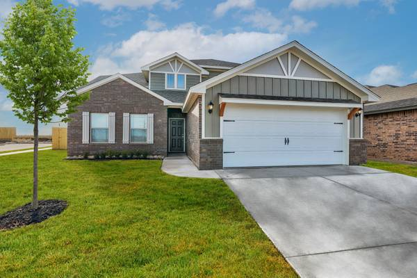 Photo Finally Your Search for the Perfect Home ENDS Here $1,000 Move-In (near Oklahoma City, I-40)
