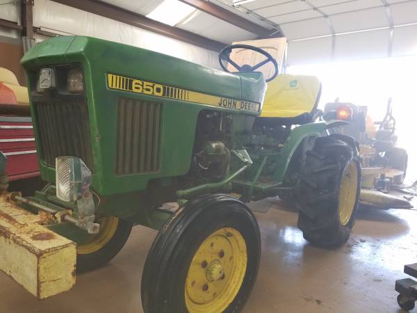 Photo John Deere 650 with Finish Mower and Turf Tires - $3750 (Piedmont)