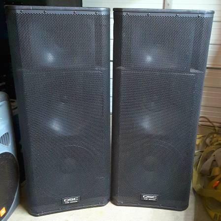 Photo QSC KW 153 1000 Watt Powered Speakers Pair - $2,195 (okc)